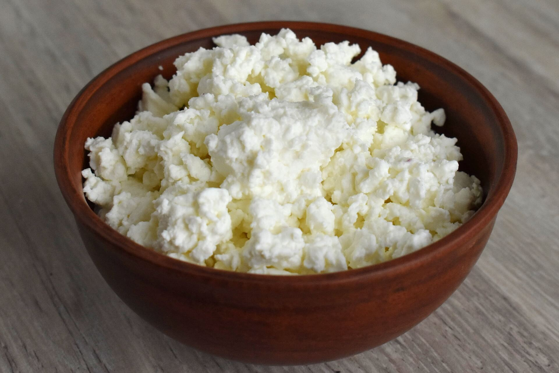 Photo by Enotovyj on Pixabay. Cottage cheese.