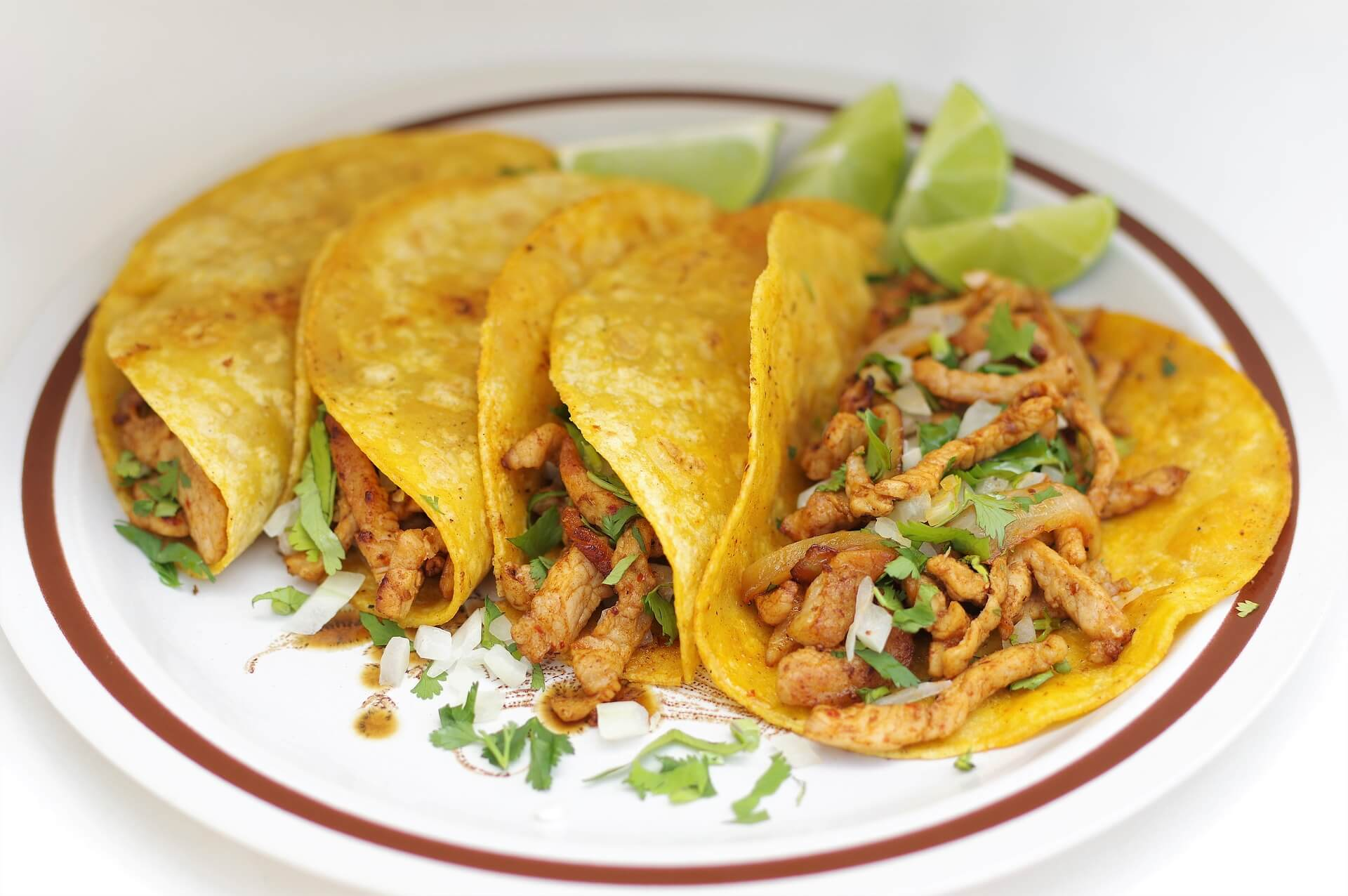 Photo by hayme100 on Pixabay. Chicken street tacos.